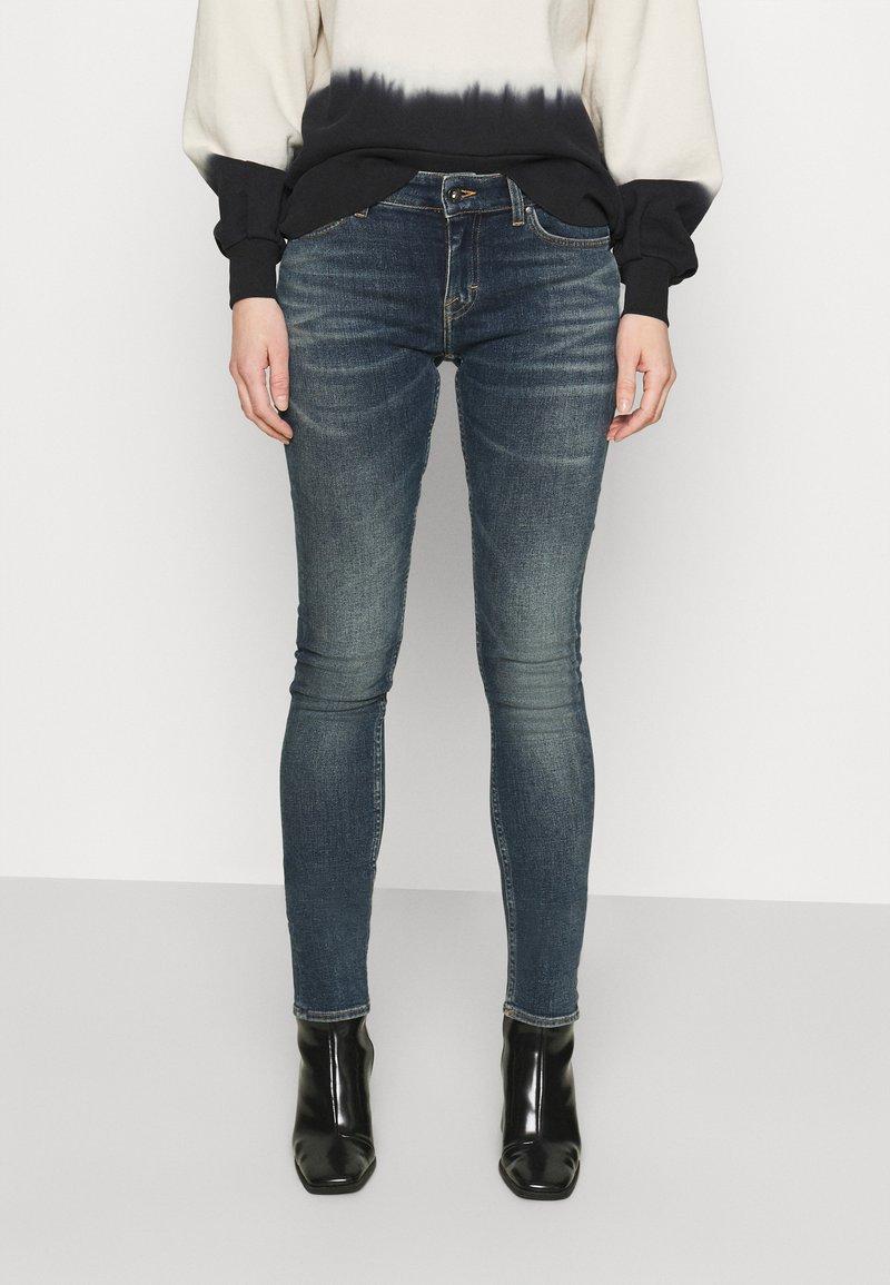 Tiger of Sweden Jeans - SLIGHT - Skinny džíny - buoy