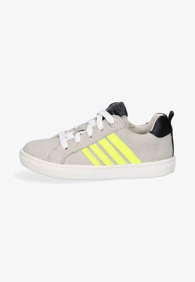 LESLEY LOUWIES - Sneakers laag - grey