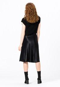 HALLHUBER - A-line skirt - schwarz - 1