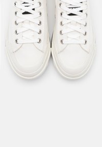 Diesel - ASTICO S-ASTICO LOW CUT W SNEAKERS - Trainers - white - 5
