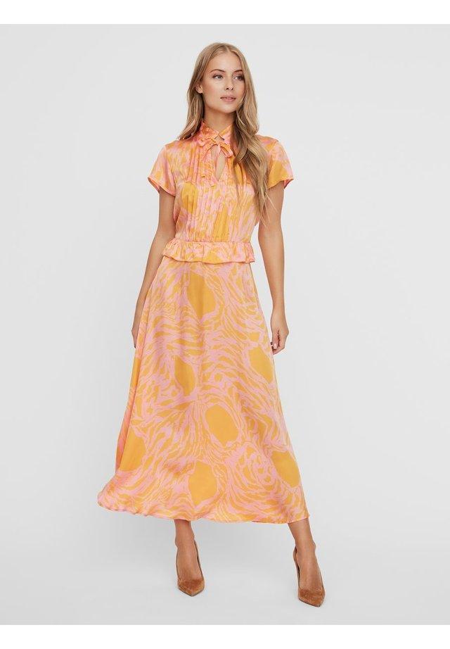 Maxi dress - saffron