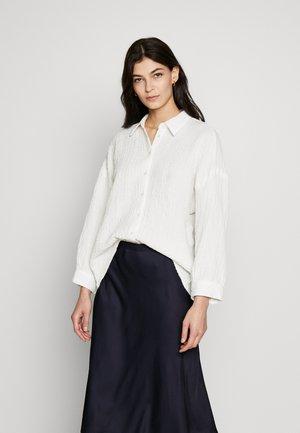 FINORU - Button-down blouse - milk