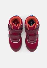 Finkid - KULKU UNISEX - Hiking shoes - persian red/cabernet - 3