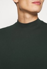 Casual Friday - THEO TURTLE NECK  - Long sleeved top - scarab - 4