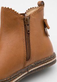 Friboo - Classic ankle boots - cognac - 5
