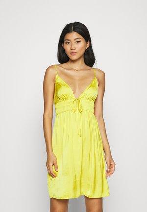 IZABELLA NUISETTE - Camicia da notte - jaune