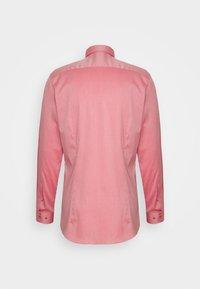 OLYMP No. Six - Formal shirt - rot - 7