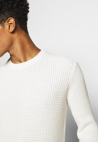 Theory - PHANOS CREW - Pullover - off white - 4
