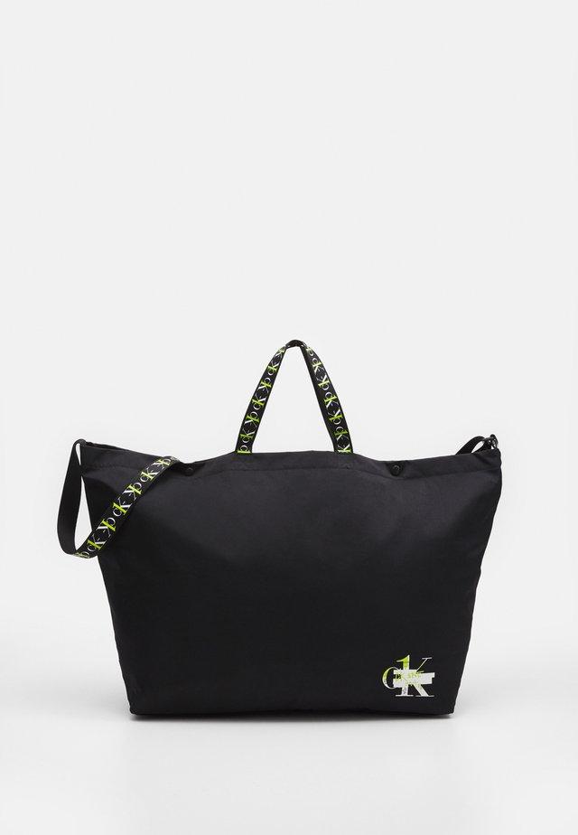 SHOPPER - Velká kabelka - black