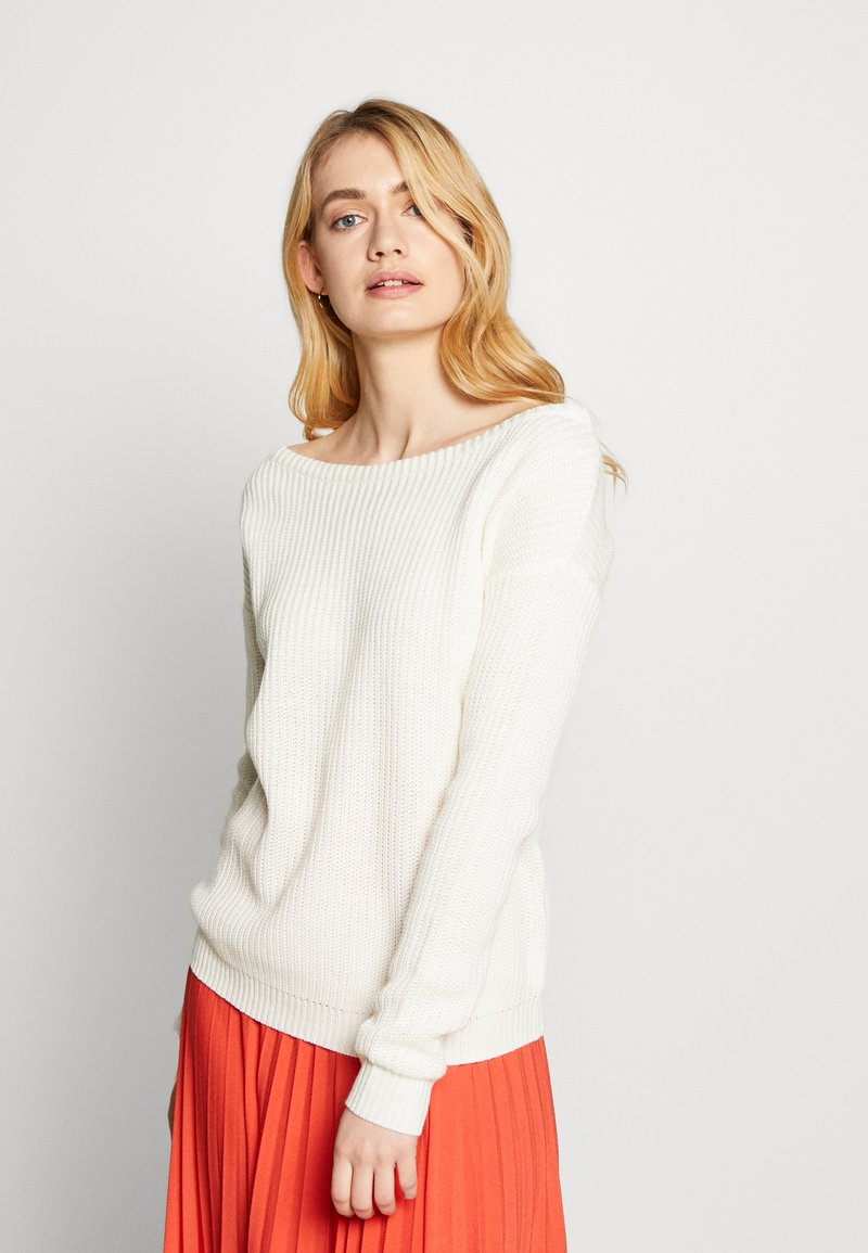 Missguided Tall - OPHELITA OFF SHOULDER JUMPER - Jumper - off white