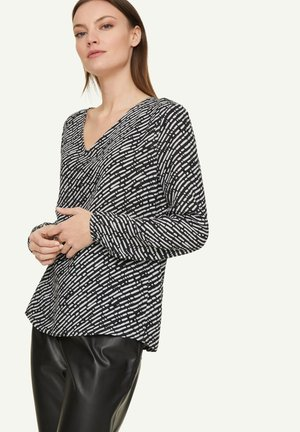 Blouse - dark grey handdrawn stripes