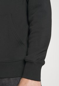 Calvin Klein Jeans - Hættetrøjer - black - 4