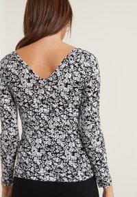 Tezenis - Long sleeved top - st black&white flowers - 1