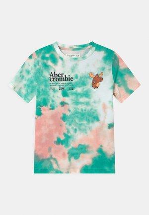 T-shirt z nadrukiem - green/pink