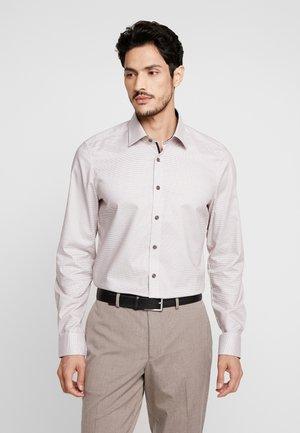 OLYMP LEVEL 5 BODY FIT  - Shirt - nougat