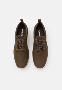 Timberland - BRADSTREET 5 EYE - Casual lace-ups - olive - 3