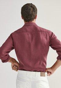 Massimo Dutti - SLIM-FIT - Shirt - bordeaux - 2