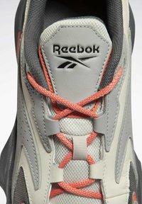 Reebok Classic - MOBIUS_R DMX FOAM SHOES - Sneakersy niskie - grey - 3