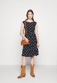 Lauren Ralph Lauren - PRINTED MATTE DRESS - Jersey dress - navy - 1