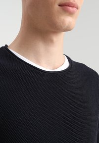Selected Homme - SLHROCKY  - Neule - dark sapphire - 5