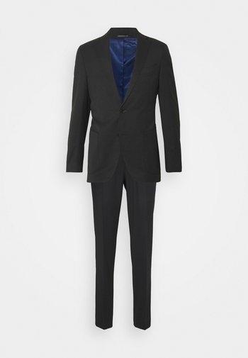 TRAVEL SUIT - Suit - black