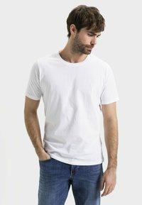 camel active - Basic T-shirt - white - 0