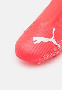 Puma - ULTRA 3.3 FG/AG JR UNISEX - Moulded stud football boots - rot/weiß - 5
