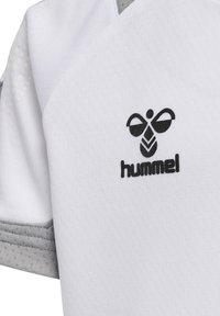Hummel - Print T-shirt - white - 3