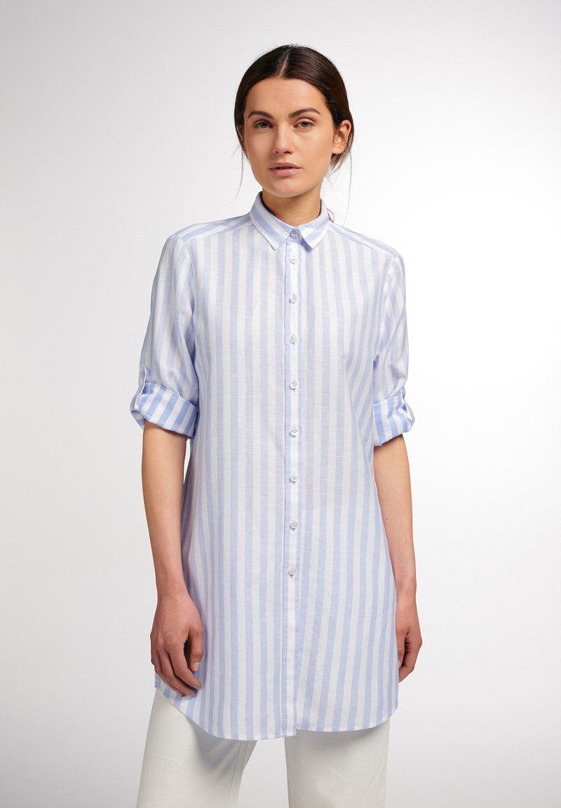 Eterna - MODERN CLASSIC - Button-down blouse - hellblau/weiß