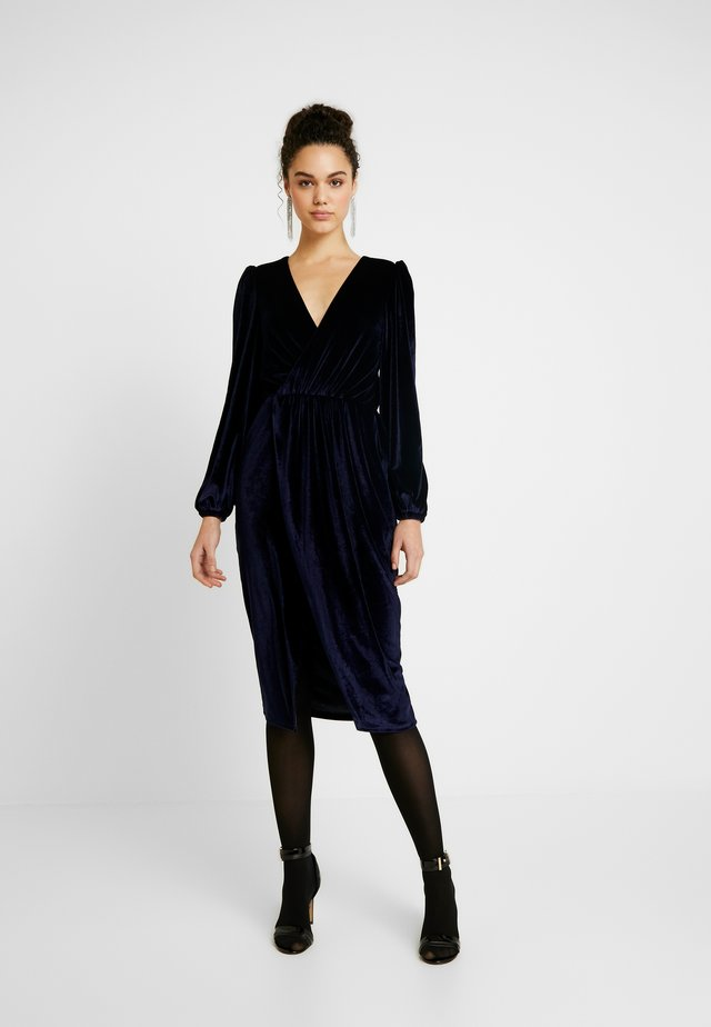 ON MY MIND DRESS - Sukienka koktajlowa - navy