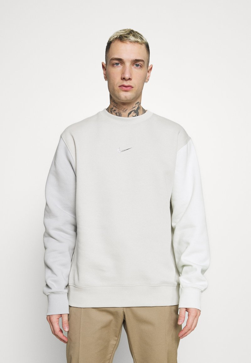 Nike Sportswear - CREW - Bluza - light bone