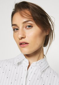 Seidensticker - Button-down blouse - white - 3