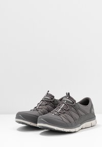 Skechers Wide Fit - GRATIS - Trainers - charcoal mesh/gray - 4