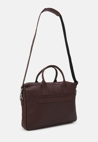 Still Nordic - CITY BRIEF ROOM - Taška na laptop - brown - 1