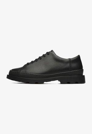 BRUTUS  - Zapatos con cordones - noir