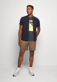 Nike Sportswear - FESTIVAL TEE - Print T-shirt - smoke grey/ volt - 1