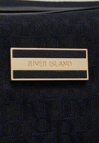 River Island - Viikonloppukassi - black - 4
