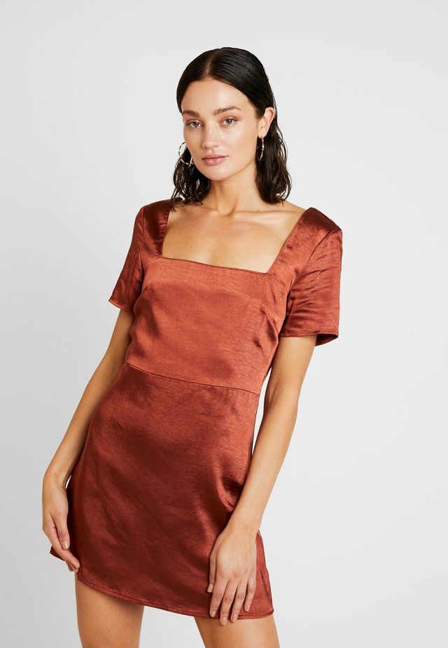 SQUARE NECK SKATER DRESS - Korte jurk - chocolate