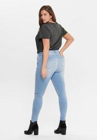 ONLY Carmakoma - Jeans Skinny Fit - light blue - 2