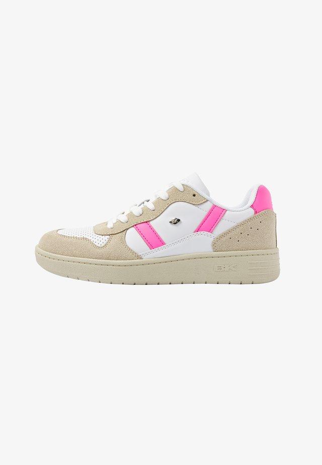 Tenisky - white/beige/neon pink