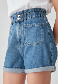 PULL&BEAR - Denim shorts - blue - 4