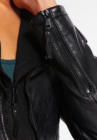 Be Edgy - PIA - Leather jacket - black - 4