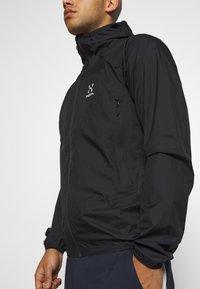 Haglöfs - PROOF MULTI JACKET MEN - Hardshell jacket - true black - 4