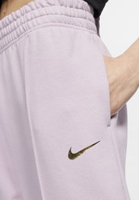 Nike Sportswear - PANT  - Tracksuit bottoms - iced lilac - 3