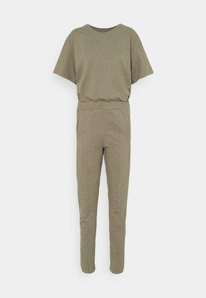 BOHDANA SUIT WMN 1\2 SLV - Jumpsuit - shamrock