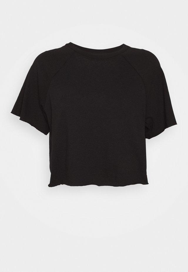 RAGLAN CROP TEE - Jednoduché triko - black