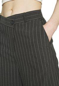 Weekday - LUXA SKEW TROUSERS - Trousers - grey - 4
