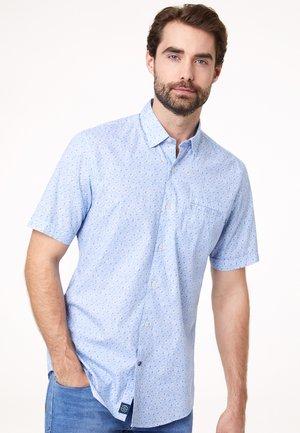 ACADEMY - Shirt - light blue
