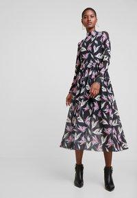 TOM TAILOR DENIM - PRINTED MESH DRESS - Day dress - black abstract flower print grey - 0