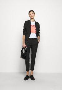 MAX&Co. - MONOPOLI - Pantalon classique - black - 1